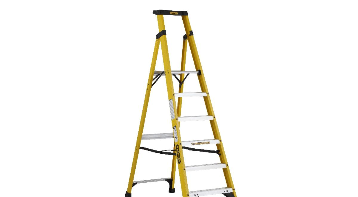 Lt060   step ladders product feature
