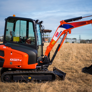 Me003   kubota kx027 4 on site 2 product listing