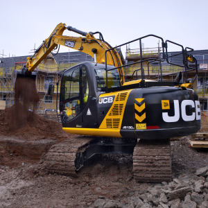 Me075   13t excavator on site (7) product listing