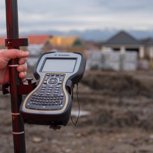Sy0057   trimble network rover gps 18 product listing