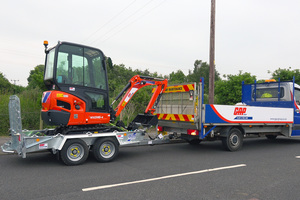Gap trailer and kx016 4 listing